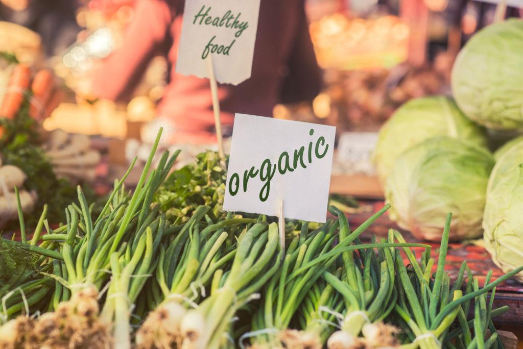beneficios de la alimentación ecológica y la cosmética natural